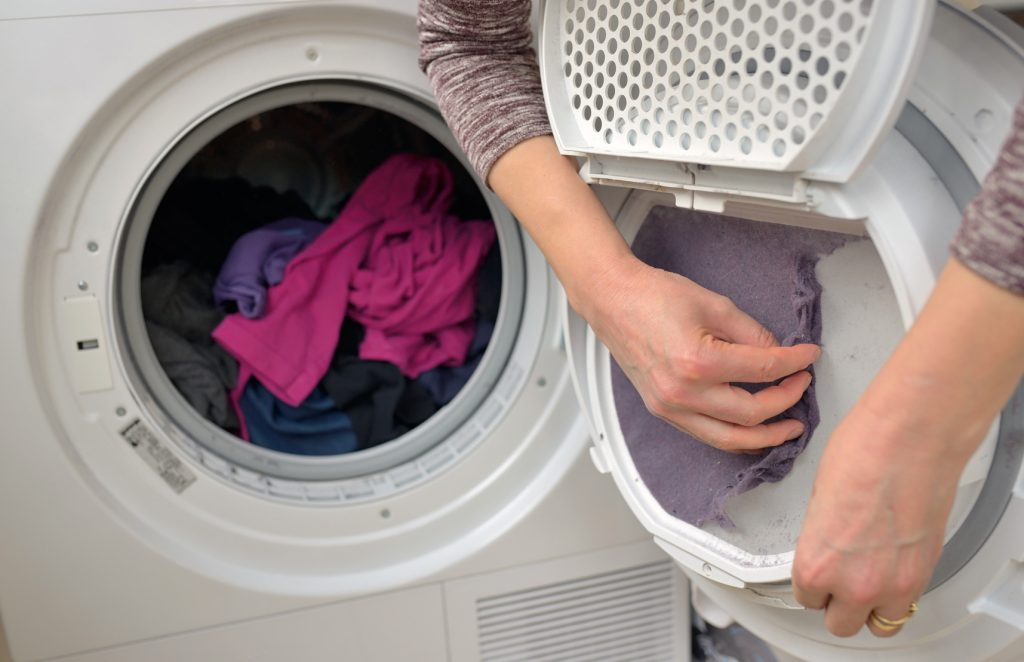 Washing smoke damaged clothes in a washing machine